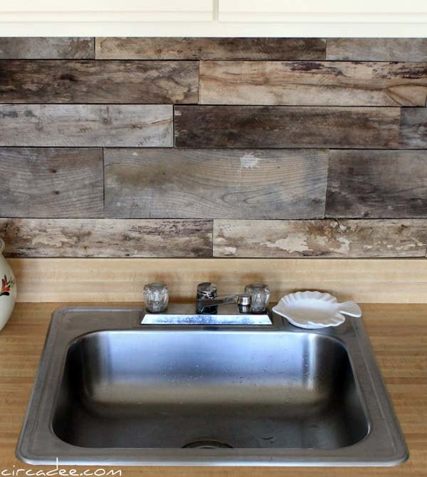 repurposed wooden pallet backsplash