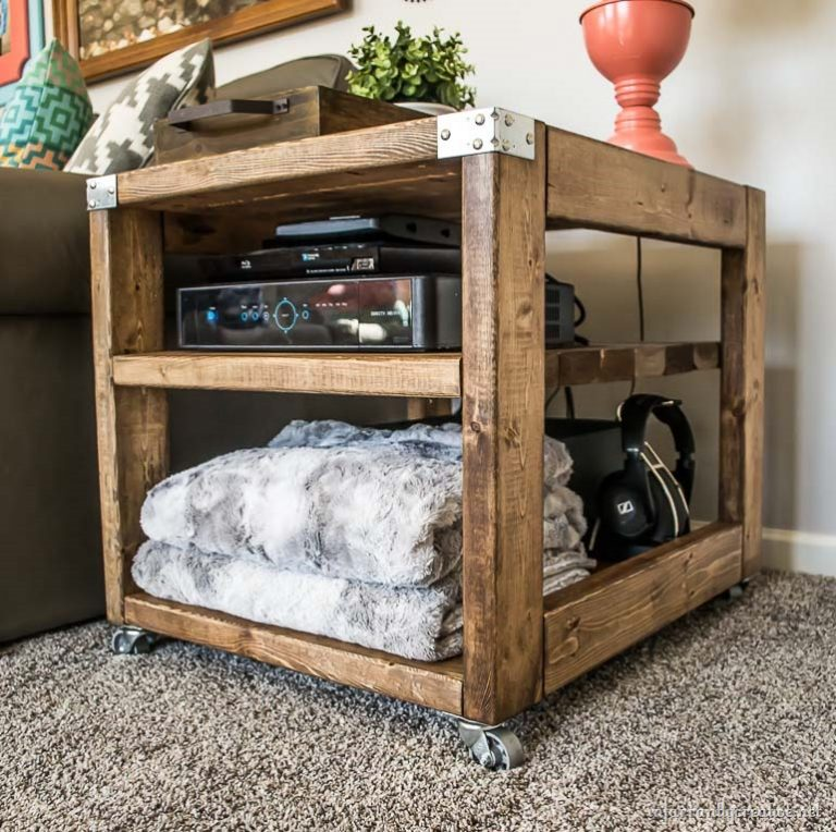 2x4 bedstand or side table