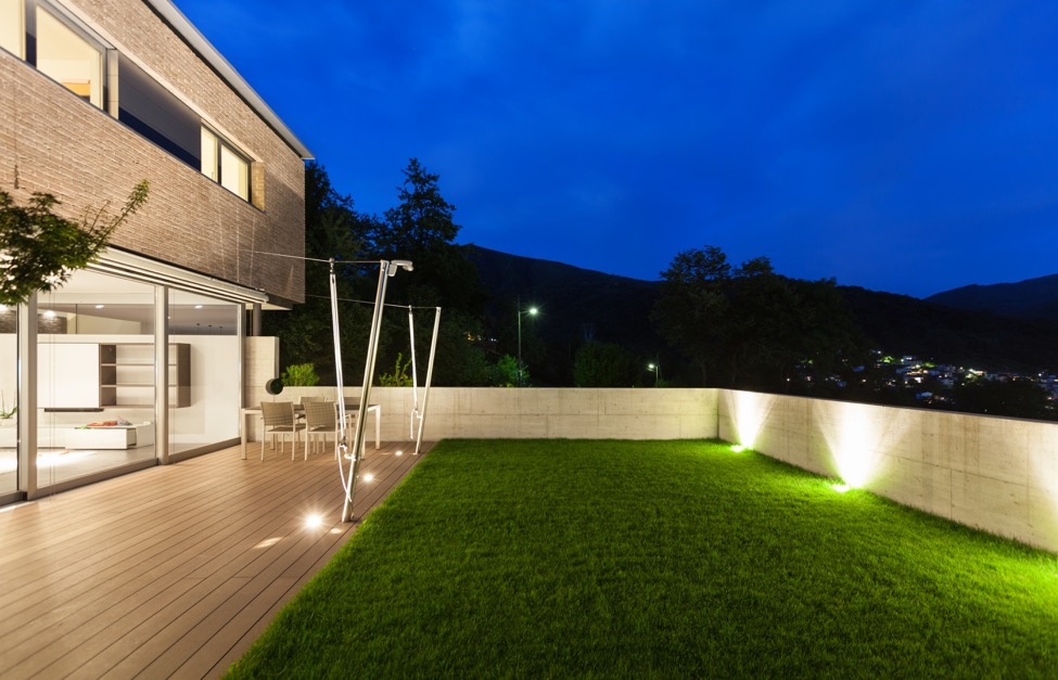 5 Outdoor Lighting Trends That Will Light Up Your World