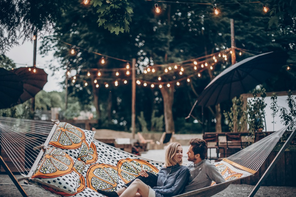 Backyard Lighting Trends to Try on a Budget