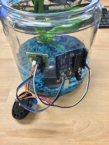 Attach Your Arduino To The Side Of The Fish Tank