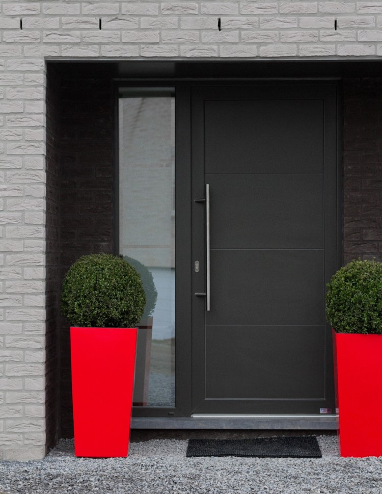 Add an eye catching accent colour to your home's entrance