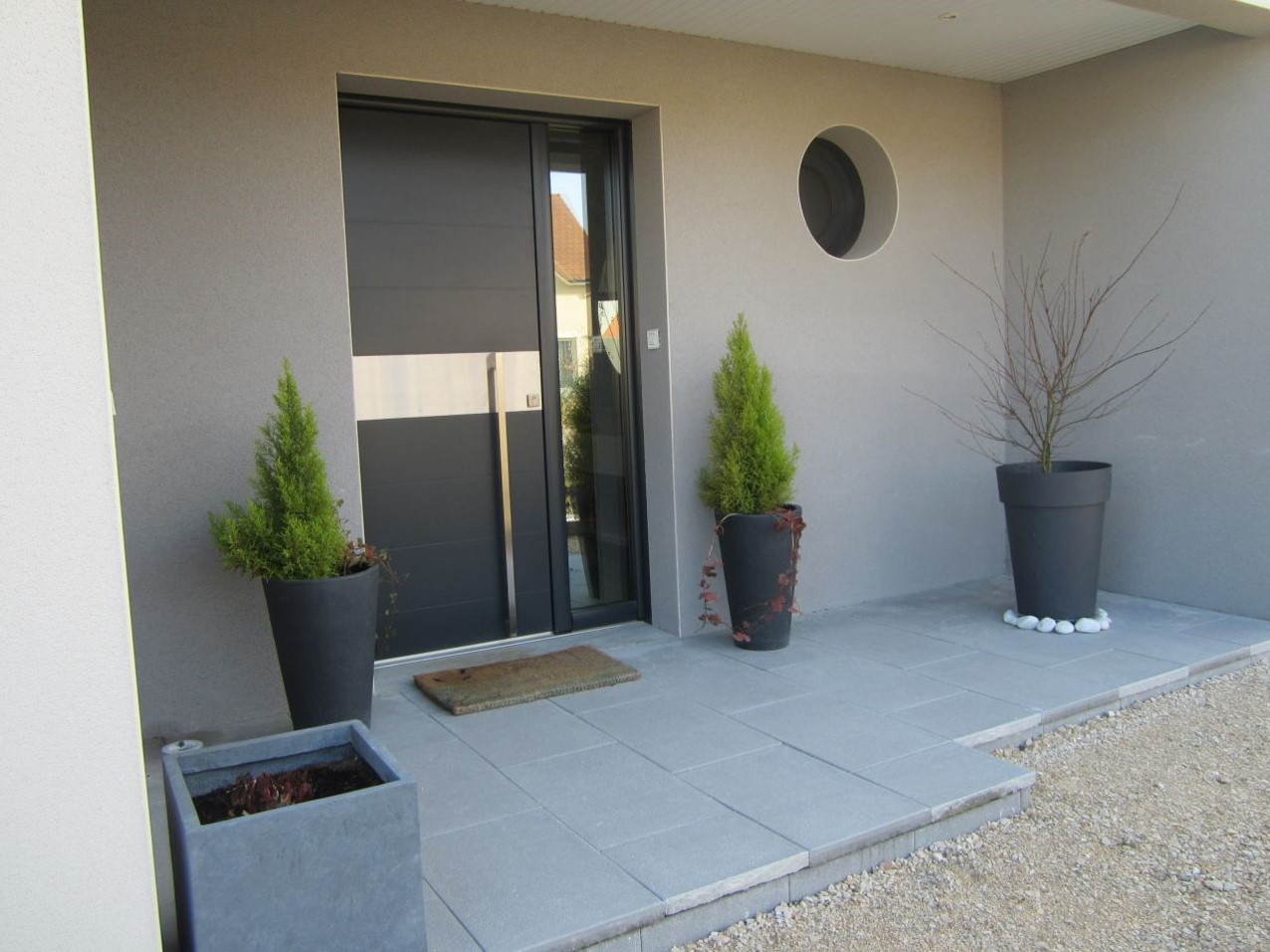 How To Upgrade Your Home's Entrance & Increase Curb Appeal