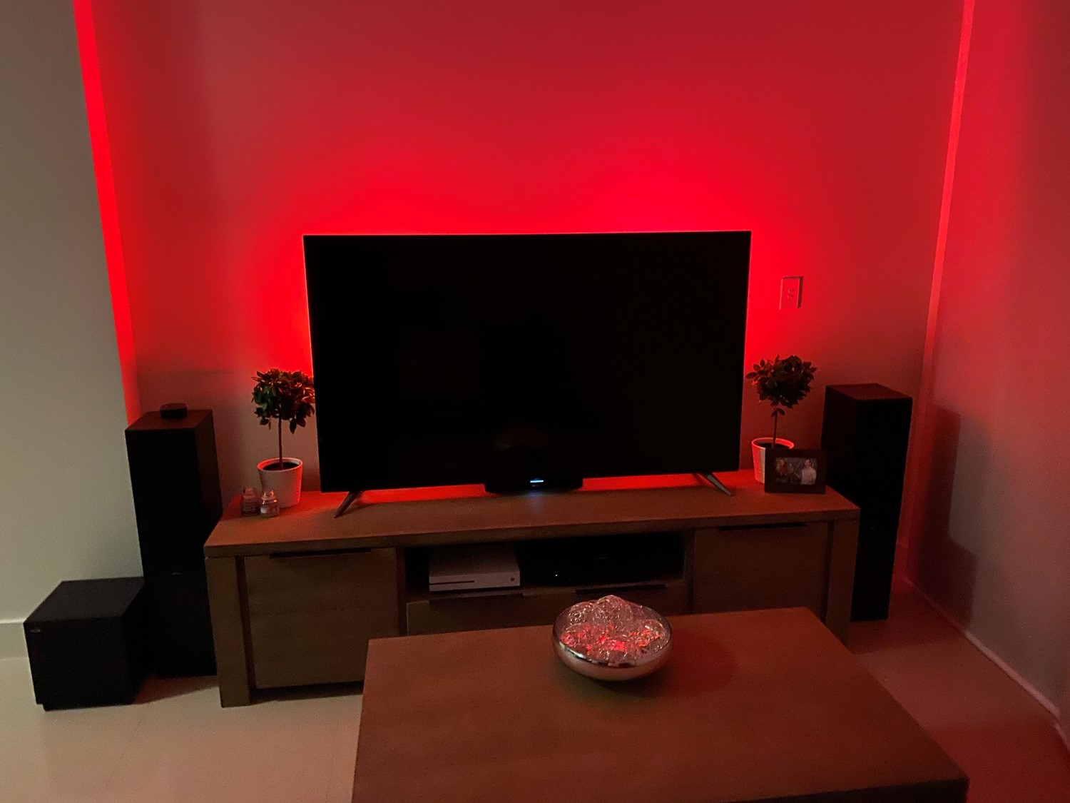 Philips Hue Bars Both Red