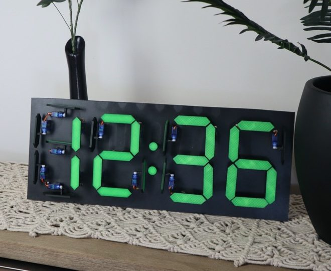Mechanical 7 Segment Display Clock Using An Arduino & 28 Servos