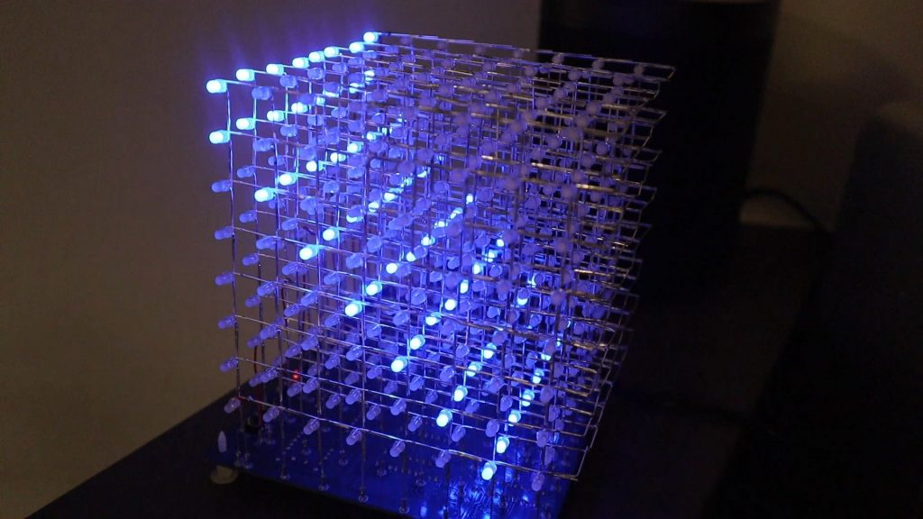 8x8x8 LED Cube Assembled Flashing